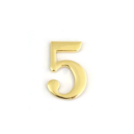 Цифра для обозначения номера квартиры 5, цвет: золотистый67295Цифра 5 для обозначения номера квартиры выполнена из золотистого металла. Устанавливается с помощью липкого слоя, нанесенного на обратную сторону изделия. Характеристики: Материал: металл. Цвет: золотистый. Размер цифры: 2,8 см х 4,3 см х 0,5 см. Размер упаковки: 12 см х 6 см х 0,7 см. Артикул: 67295.