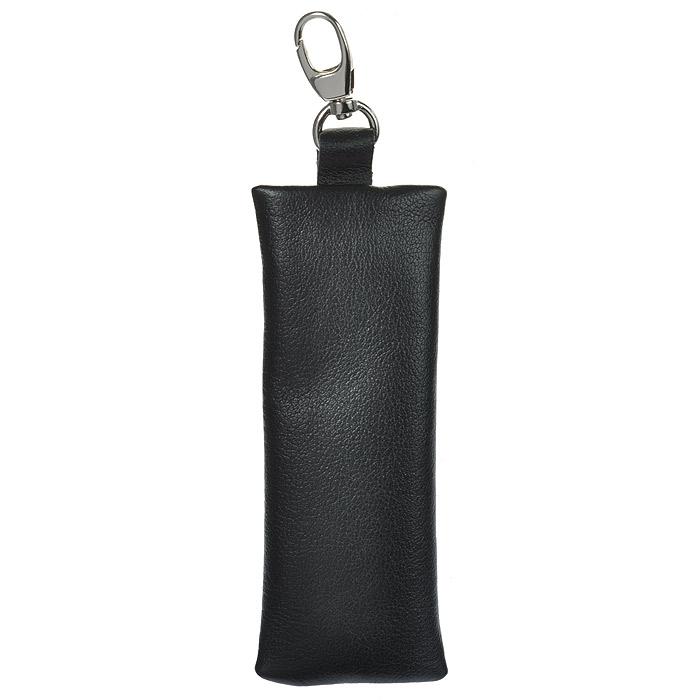 Ключница Befler, цвет: черный. KL.8.-939864|Серьги с подвескамиКомпактная ключница Befler черного цвета - стильная вещь для хранения ключей. Ключница, закрывающаяся на застежку-молнию, выполнена из натуральной кожи высокого качества с естественной лицевой поверхностью. Внутри ключницы расположено металлическое кольцо для ключей и дополнительный наружный карабин для крепления. Характеристики: Цвет: черный. Размер (без карабина): 13 см x 5 см x 1 см. Размер упаковки: 14 см x 7,5 см x 2 см. Материал: натуральная кожа. Производитель: Россия. Артикул:KL.8.-9.