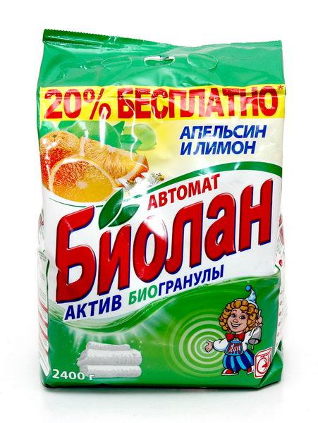 Стиральный порошок Биолан Апельсин и лимон, 2,4 кг787502Стиральный порошок Биолан Апельсин и лимон предназначен для стирки, замачивания и отбеливания изделий из хлопчатобумажных, льняных, синтетических тканей, а также тканей из смешанных волокон. Не предназначен для стирки изделий из шерсти и натурального шелка. Порошок имеет пониженное пенообразование, содержит биодобавки и перекисные соли. Благодаря активным биогранулам эффективно отстирывает загрязнения. Придает белью ослепительную белизну и неповторимую свежесть цитрусовых. Подходит для стиральных машин любого типа и ручной стирки. Характеристики: Вес: 2,4 кг. Артикул: 73-4. Товар сертифицирован.