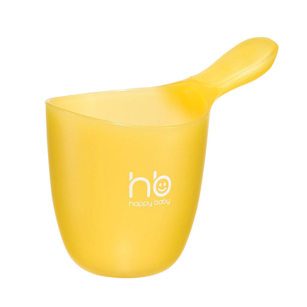 """Детский ковш для воды """"Happy Baby"""" поможет разбавить воду в ванночке. Вместительный, легкий и надежный ковш изготовлен из высококачественного ПВХ желтого цвета и оснащен удобной анатомической ручкой и устойчивым дном."""