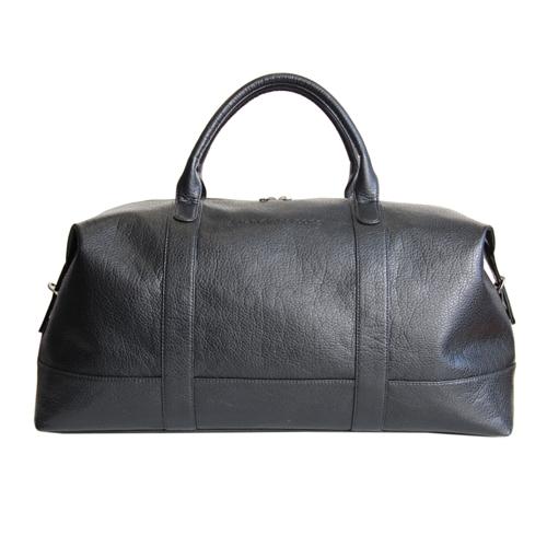 Сумка дорожная женская Antan, цвет: черный. 2-229 В332515-2800Стильная дорожная сумка Antan выполнена из искусственной кожи черного цвета. Сумка имеет одно основное отделение, которое закрывается на застежку-молнию с двумя бегунками. Внутри содержится вшитый карман на молнии. С задней стороны расположен дополнительный вшитый карман на молнии. Сумка оснащена уплотненным дном, двумя удобными ручками и отстегивающимся плечевым ремнем регулируемой длины. Фурнитура - серебристого цвета. Функциональная и вместительная, такая сумка поможет не только уместить все необходимые вещи, но и станет модным аксессуаром, который идеально дополнит ваш образ. Характеристики: Материал: искусственная кожа, металл, текстиль. Цвет: черный. Размер сумки (ДхШхВ): 61 см х22 см х 35 см. Высота ручек: 12 см. Длина плечевого ремня: 81 - 140 см. Артикул: 2-229 В. Компания Antan существует уже более 10 лет. Свою деятельность она начинала с выпуска дамских сумок, сейчас в ассортименте представлен большой выбор молодежных, дорожно-спортивных, деловых, универсальных сумок, а так же клатчей и маленьких сумочек.Мир моды не стоит на месте, и, следуя тенденциям, компания Antan старается как можно чаще радовать покупателей новыми моделями сумок. Технологии XXI века позволяют производить износостойкие и современные материалы, в которых модельеры и технологи ценят безграничные возможности выбора фактур и цветовых решений.