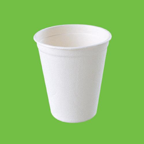 Набор стаканов Gracs, биоразлагаемых, цвет: белый, 260 мл, 10 штV700 brownНабор Gracs состоит из 10 биоразлагаемых стаканов, выполненных из экологически чистого материала - сахарного тростника. Материал не содержит токсинов и канцерогенов. Набор Gracs можно использовать как для холодных, так и для горячих продуктов.Набор можно использовать в микроволновой печи.Одноразовая биоразлагаемая посуда Gracs- полезно для здоровья, безопасно для окружающей среды!Высота стакана: 9 см.Диаметр стакана: 8 см.