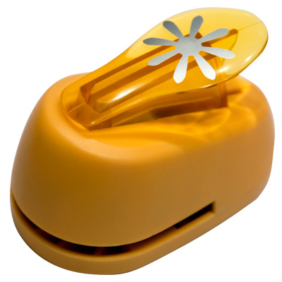 Дырокол фигурный Hobbyboom Цветок 8 лепестков, №336, цвет: оранжевый, 2,5 смFS-54100Фигурный дырокол Hobbyboom Цветок 8 лепестков изготовлен из пластика и металла, используется в скрапбукинге для создания оригинальных открыток и фотоальбомов ручной работы, оформления подарков, в бумажном творчестве и т.д. Рисунок прорези указан на ручке дырокола.Дырокол предназначен для вырезания фигурок из бумаги. Просто вставьте лист бумаги в дырокол. Нажмите на рычаг. Вырезанную фигурку в виде цветочка можно использовать для дальнейшего декорирования.Предназначен для бумаги определенной плотности - 80-200 г/м2. При применении на бумаге большей плотности или на картоне дырокол быстро затупится. Материал: пластик, металл. Размер дырокола: 8 см х 5 см х 5,5 см. Диаметр готовой фигурки: 2,5 см.