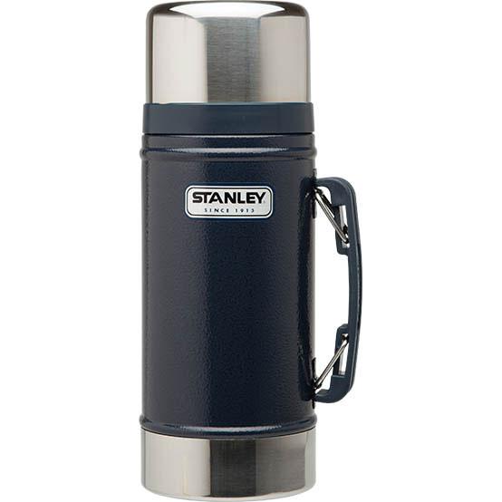 Термос Stanley Legendary Classic Food Flask, с широким горлом, цвет: синий, 0,7 л67742Термос Stanley Legendary Classic Food Flask с широкой горлышком прекрасно подойдет для транспортировки продуктов питания, напитков или супов. Он будет незаменим во время путешествий, поездок на пикник или на дачу. Особенности термоса Stanley Legendary Classic Food Flask:- наружное покрытие - абразивостойкая эмаль;- корпус и внутренняя колба выполнены из нержавеющей стали;- удержание тепла - 15 ч;- удержание холода - 15 ч;- вакуумная изоляция;- прочная пластиковая ручка;- герметичность;- крышка может использоваться как термостакан.Высота термоса (с учетом крышки): 26,5 см.Диаметр основания термоса: 10 см.Диаметр пластиковой чашки (по верхнему краю): 9,5 см.Диаметр горлышка: 7 см.Гарантийный срок 5 лет. Возврат товара возможен только через сервисный центр.Гарантийный центр:м. ВДНХ, Ботанический сад 129223, г. Москва, Проспект Мира, 119, ВВЦ, строение 323+7 495 974 3494service@omegatool.ru Время работы сервисного центра: Пн-чт: 10.00-18.00Пт: 10.00- 17.00Сб, Вс: выходные дни