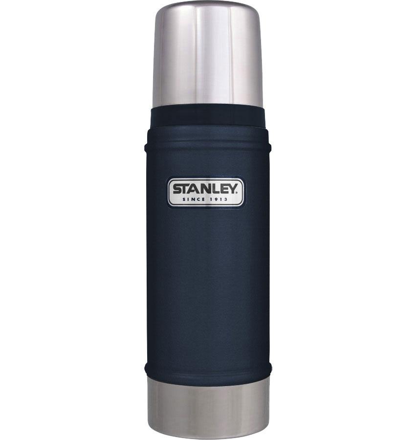 Термос Stanley Classic, цвет: темно-синий, 0,47 л10-01228-038Термос Stanley Classic с вакуумной изоляцией изготовлен из нержавеющей стали с покрытием из абразивостойкой эмали. Благодаря вакуумной изоляции термос удерживает тепло и холод в течении 15 часов. Крышка выполнена в виде термостакана объемом 236 мл. Слив - через поворотную пробку. Термос герметичен. Стильный функциональный термос будет незаменим в дороге, на пикнике. Его можно взять с собой куда угодно, и вы всегда сможете наслаждаться горячим домашним напитком.Гарантийный срок 5 лет. Возврат товара возможен только через сервисный центр.Гарантийный центр:м. ВДНХ, Ботанический сад 129223, г. Москва, Проспект Мира, 119, ВВЦ, строение 323+7 495 974 3494service@omegatool.ru Время работы сервисного центра: Пн-чт: 10.00-18.00Пт: 10.00- 17.00Сб, Вс: выходные дни