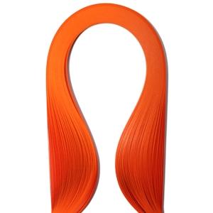 Набор бумаги для квиллинга, цвет: оранжевый, полоски 0,3 см х 30 см, 100 шт55052Квиллинг - искусство изготовления плоских или объемных композиций из скрученных в спиральки длинных и узких полосок бумаги. Из бумажных спиралей создают цветы и узоры, которые затем используют обычно для украшения открыток, альбомов, подарочных упаковок, рамок для фотографий. Это простой и очень красивый вид рукоделия, не требующий больших затрат. Изделия из бумажных лент можно использовать также как настенные украшения или даже бижутерию. Характеристики:Материал: бумага. Цвет: оранжевый. Количество в упаковке: 100 шт. Размер 1 полоски: 0,3 см х 30 см. Размер упаковки: 15 см х 10 см х 0,5 см.