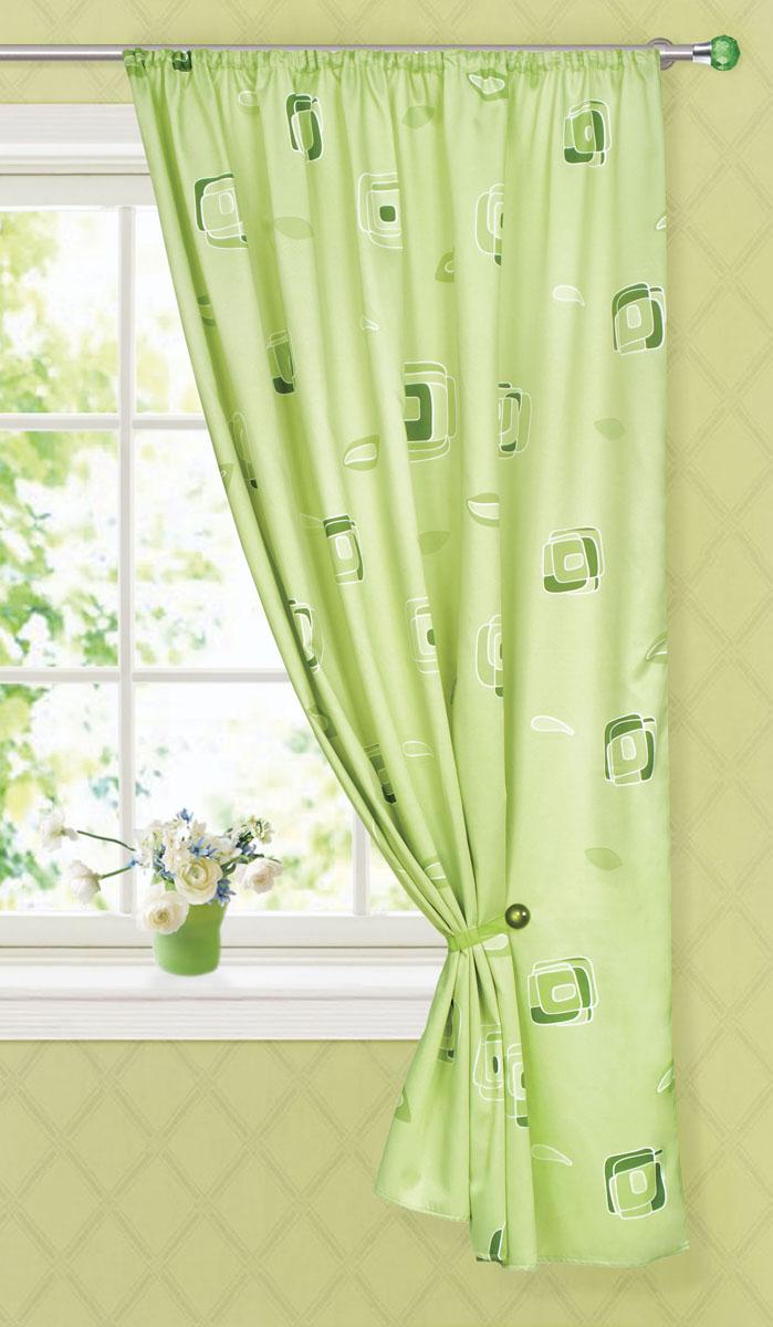 Штора готовая для кухни Garden, на ленте, цвет: зеленый, размер 145*180 см. С 6232 - W1223 V30K100Портьерная готовая штора для кухни Garden выполнена из плотного сатина (полиэстера) и оформлена узором в виде квадратиков. Легкая текстура материала и яркая цветовая гамма привлекут к себе внимание и станут великолепным украшением любого окна. Она добавит немного уюта и послужит прекрасным дополнением к интерьеру кухни. Изделие оснащено шторной лентой для красивой сборки.