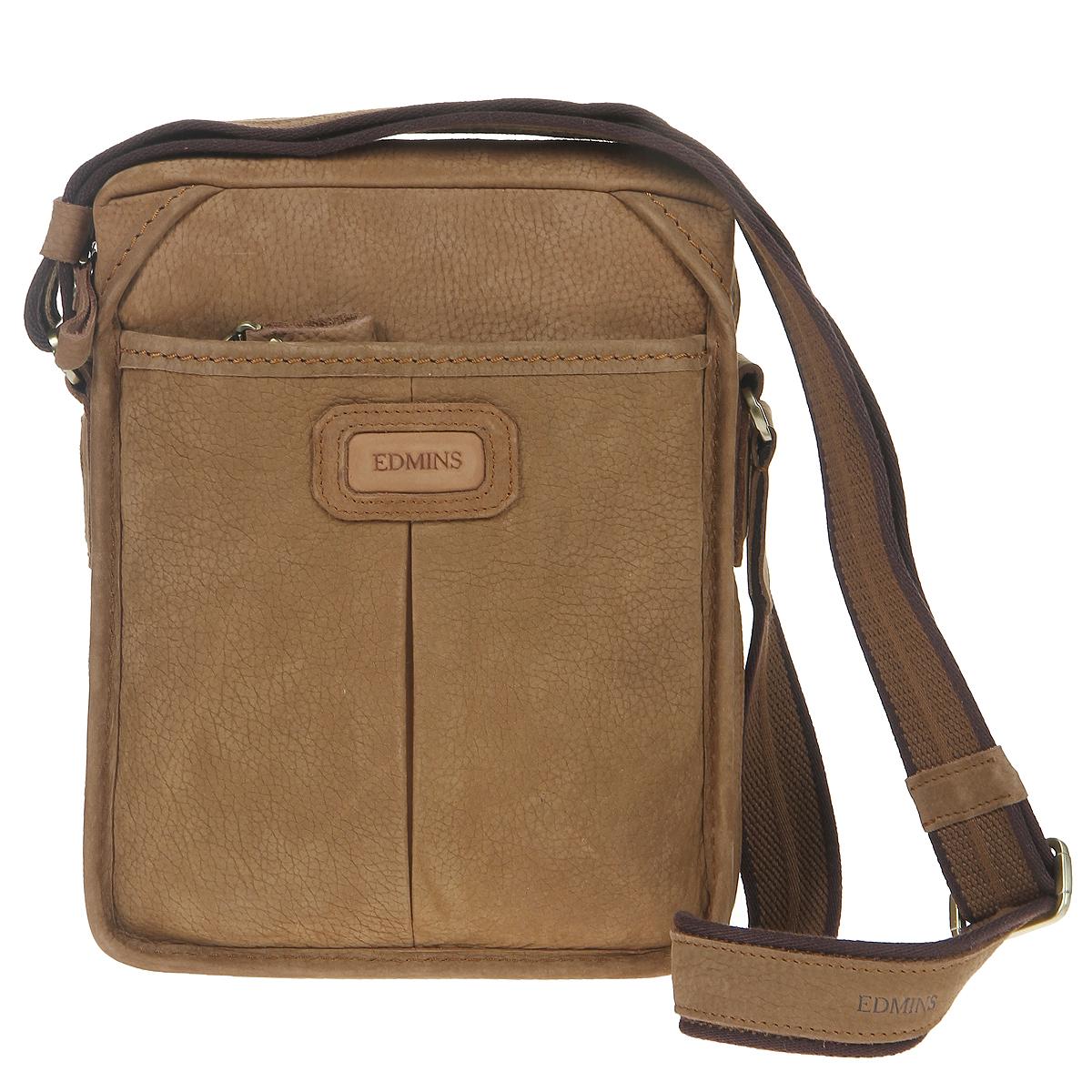 Сумка мужская Edmins, цвет: коричневый. 1045 V-4 SU d.brownS76245Стильная мужская сумка Edmins изготовлена из итальянской высококачественной натуральной кожи коричневого цвета, что гарантирует безупречный внешний вид и долговечность изделия. Кожа имеет матовую текстуру с естественной лицевой поверхностью. Сумка имеет одно основное отделение, которое закрывается на застежку-молнию. Внутри - два накладных кармашка, два фиксатора для ручки, вшитый карман на молнии и большой открытый карман. С передней стороны расположен дополнительный объемный карман на молнии, с задней стороны - карман на магнитной кнопке. Сумка оснащена плечевым ремнем регулируемой длины. Фурнитура - золотистого цвета. С такой сумкой из деловой линии Edmins вы всегда будете чувствовать себя модно, уверенно и элегантно. Характеристики:Материал: натуральная кожа, текстиль, металл. Цвет: коричневый. Размер сумки (ДхШхВ): 21 см х 8,5 см х 26 см. Длина плечевого ремня: 120 см. Размер упаковки: 33 см х 32 см х 12 см. Артикул: 1045 V-4 SU d.brown.