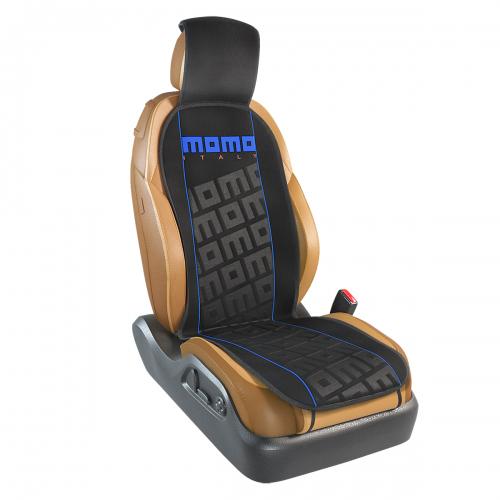 Накидка на переднее сиденье Momo Tuning, цвет: черный, синий. MOMO-102 BK/BL21395599Накидка Momo Tuning изготовлена из высококачественного полиэстера и надежно защищает кресла от грязи и изнашивания. Благодаря универсальному крою накидку можно использовать на передних сиденьях большинства автомобилей, в том числе оснащенных боковыми подушками безопасности. Установка не занимает много времени - накидка крепится с помощью эластичных резинок и закрывает не только спинку и сиденье, но и подголовник кресла. Имеется возможность использования с любыми типами сидений.Накидка на сиденье Momo Tuning выполнена в оригинальном дизайне Momo с фирменной выштамповкой логотипа компании в центральной части изделия. Накидка придает салону автомобиля запоминающиесяспортивные черты.