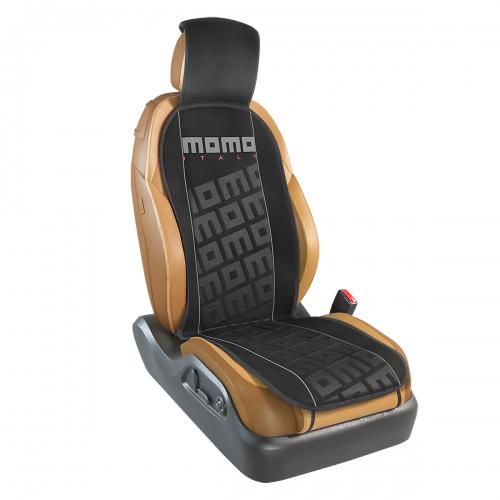 Накидка на переднее сиденье Momo Tuning, цвет: черный, серый. MOMO-102 BK/GY98298130Накидка Momo Tuning изготовлена из высококачественного полиэстера и надежно защищает кресла от грязи и изнашивания. Благодаря универсальному крою накидку можно использовать на передних сиденьях большинства автомобилей, в том числе оснащенных боковыми подушками безопасности. Установка не занимает много времени - накидка крепится с помощью эластичных резинок и закрывает не только спинку и сиденье, но и подголовник кресла. Имеется возможность использования с любыми типами сидений.Накидка на сиденье Momo Tuning выполнена в оригинальном дизайне Momo с фирменной выштамповкой логотипа компании в центральной части изделия. Накидка придает салону автомобиля запоминающиесяспортивные черты.