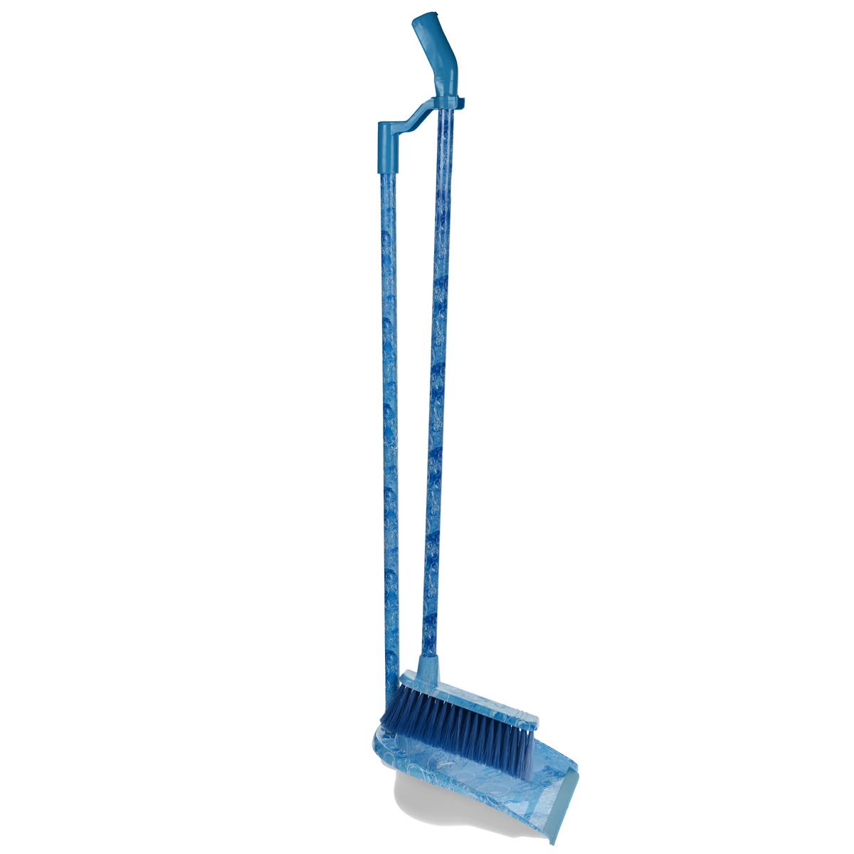 Комплект для уборки на длинных ручках Фэйт Аква531-105Комплект для уборки на длинных ручках Фэйт Аква состоит из совка и щетки. Предназначен для различных видов хозяйственных работ, чистки горизонтальных поверхностей из разных материалов. Характеристики: Материал: пластик, нейлон. Длина ручек: 81 см. Размер совка без учета ручки:27 см х 23 см х 8 см. Размер щетки без учета ручки: 18 см х 11 см. Размер упаковки: 86 см х 23 см х 15 см. Производитель: Россия.