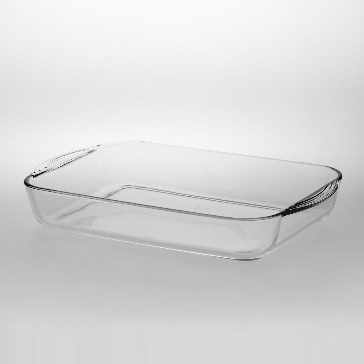 Лоток для СВЧ Borcam, прямоугольный, 40 см х 25 см х 6 см59124Прямоугольный лоток Borcam, изготовленный из жаропрочного боросиликатного стекла, будет отличным выбором для всех любителей блюд, приготовленных в духовке и микроволновой печи. В этой посуде вы будете с удовольствием готовить, легко контролируя процесс через прозрачное стекло. Вы сможете красиво сервировать стол, подав готовое блюдо в элегантной стеклянной емкости. А если необходимо, удобно разместите лоток в холодильнике. Стекло устойчиво к механическим повреждениям и выдерживает большой перепад температур от - 30°C до 300°C. Термостойкое стекло Borcam - безопасный для здоровья, гигиеничный материал, который не вступает во взаимодействие с продуктами питания, пища не приобретает в процессе приготовления или хранения никаких дополнительных привкусов. Посуда легко очищается нейтральными моющими средствами с помощью мягкой губки или салфетки, имеет длительный срок службы и не теряет в процессе использования внешней привлекательности. Подходит для мытья в посудомоечной машине. Характеристики:Материал: жаропрочное стекло. Объем: 3,5 л. Внутренний размер лотка: 35 см х 24 см х 6 см. Размер лотка с учетом ручек: 40 см х 25 см х 6 см. Размер упаковки: 40 см х 25 см х 6 см. Артикул: 59124.