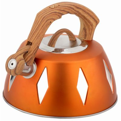 Чайник металлический Bekker De Luxe, цвет: желтый, 2,8 л. BK-S455115510Корпус чайника Bekker De Luxe выполнен из высококачественной нержавеющей стали, что обеспечивает долговечность использования. Цветной корпус. Пластмассовая фиксированная ручка с прорезиненным покрытием делает использование чайника очень удобным и безопасным. Чайник снабжен свистком и устройством для открывания носика. Капсулированное дно. Подходит для использования на электрических, газовых, стеклокерамических, галогеновых плитах. Можно мыть в посудомоечной машине. Характеристики: Материал:нержавеющая сталь, пластик, резина. Объем:2,8 л. Диаметр основания чайника: 22,5 см. Толщина стенки: 0,5 мм. Высота чайника (без учета ручки):11 см. Размер упаковки: 22,5 см х 22,5 см х 20 см.