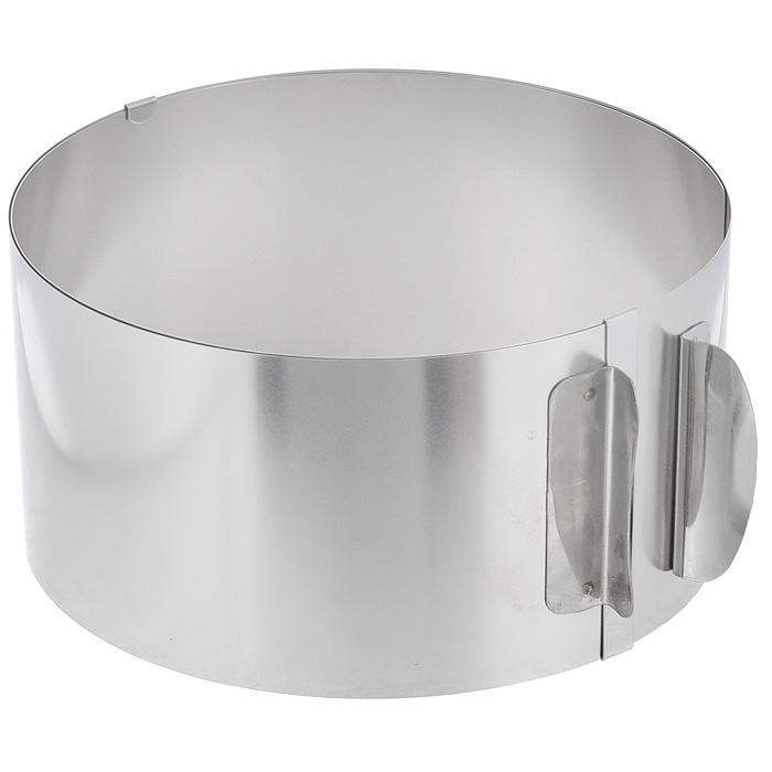 Кольцо для выпечки Gefu, высота 8,5 см54 009312Кольцо для выпечки Gefu изготовлено из нержавеющей стали. Конструкция кольца такова, что позволяет регулировать диаметр от 16,5 см до 32 см. Может использоваться для приготовления тортов и салатов. Для облегчения процесса чистки полностью выпрямляется. Можно мыть в посудомоечной машине. Характеристики:Материал: нержавеющая сталь. Диаметр кольца: 16,5-32 см. Высота стенки кольца: 8,5 см. Размер упаковки: 17 см х 17 см х 8,5 см. Артикул: 4308.