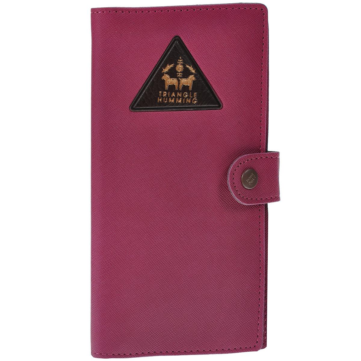 Кошелек Triangle humming, цвет: малиновыйBM8434-58AEОригинальный кошелек Triangle humming выполнен из кожзаменителя малинового цвета и декорирован выпуклым треугольником с золотистым тиснением. Кошелек закрывается на хлястик с металлической кнопкой. Имеет внутри два отделения для купюр, кармашек-уголок для чеков, девять прорезных карманов для кредитных карт и карман со вставкой из прозрачного пластика.Такой кошелек станет отличным подарком для человека, ценящего качественные и необычные вещи. Характеристики: Материал: полиуретан, металл.Цвет: малиновый.Размер кошелька: 9 см х 17,5 см х 1 см.Размер упаковки: 9 см х 20 см х 1 см. Артикул:0901024.