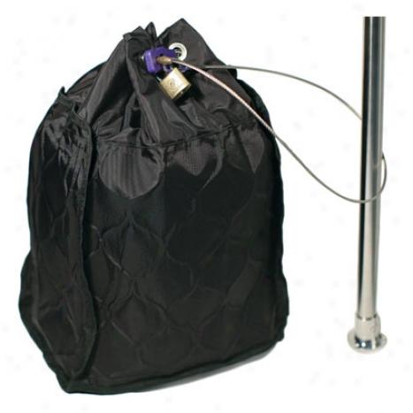 Сумка-сейф PacSafe Travelsafe 20L GII, цвет: черный35852_7260Просторная сумка-сейф TravelSafe 20L позволит вам все свои ценности сложить и оставить в безопасном месте. Это достаточно большая сумка , в которую легко помещается 17 ноутбук, фотокамера и другие ценности. Все это позволит вам чувствовать себя свободнее во время путешествия. Характеристики:Материал: 400D нейлон, нержавеющая сталь. Размер сумки: 31 см x 37 см x 17 см. Цвет: черный. Размер упаковки: 34 см х 19 см х 10 см. Артикул: PE002BK.