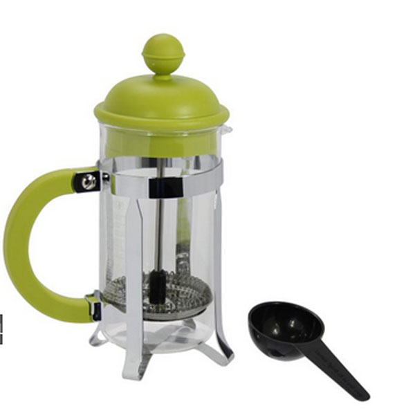 Кофейник Caffettiera с прессом, 0,35 л68/5/3Кофейник Caffettiera с металлическим корпусом, пластиковой ручкой и пластиковой крышкой займет достойное место на вашей кухне. Оснащен фильтром french press. Прилагается мерная ложечка.Современный дизайн полностью соответствует последним модным тенденциям всоздании предметов бытовой техники. Настоящим ценителям натурального кофе широко известны основные и наиболее часто применяемые способы его приготовления: эспрессо, по-турецки, гейзерный. Однако существует принципиально иной способ, известный как french press, благодаря которому приготовление ароматного напитка стало гораздо проще.Весь процесс приготовления кофе займет не более 7 минут. Характеристики:Материал: пластик, нержавеющая сталь, стекло. Объем: 0,35 л. Артикул: 1913-. Производитель: Швейцария.