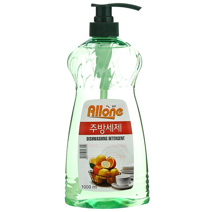 Средство для мытья посуды, овощей и фруктов С&E Allone, 1 л. 435196.295-875.0Средство для мытья посуды, овощей и фруктов С&E Allone содержит масло апельсина и имеет приятный аромат. Полностью удаляет трудновыводимые пятна и жир. Благодаря густой гелеобразной консистенции экономично в использовании. Не сушит кожу рук, не оставляет запах на овощах и фруктах. Прекрасно смывается водой с любой поверхности полностью и без остатка. Характеристики: Состав: 5% и более, но не менее 15% неионогенный ПАВ, анонный ПАВ, эссенция масла апельсина, лимонная кислота, очищенная вода. Объем: 1 л. Артикул: 43519. Товар сертифицирован.