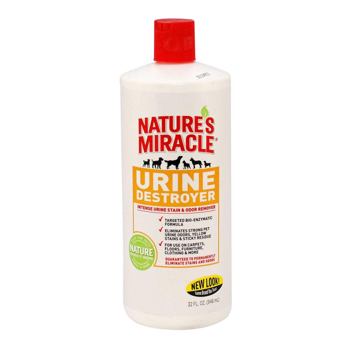 Уничтожитель запаха, пятен и осадка от мочи собак Natures Miracle, 945 мл0120710Уничтожитель пятен и запахов мочи Natures Miracle специально разработан для устранения стойких пятен и запахов от мочи вашего питомца с ковров, твердых поверхностей, тканей, переносок и т. п. Благодаря использованию передовых технологий, включая нашу био-энзимную формулу, обогащенную активным кислородом, Уничтожитель пятен и запахов мочи Nature's Miracle наиболее эффективно справляется с такого рода загрязнениями. Кроме того, средство содержит технологию контроля запахов двойного действия, удаляющую запах мочи для предупреждения повторных меток, и оставляющую после себя приятный аромат. Способ применения:Внимание! Перед использованием протестируйте поверхность на цветоустойчивость на незаметном участке. Нанесите средство, подождите 5 минут и вытрите поверхность тканью. Если область изменила цвет, не применяйте это средство. Выведение пятен и удаление запахов:1) Вытрите пятно, насколько это возможно, затем полностью замочите его в средстве. 2) Подождите 5 минут и вытрите поверхность тканью.3) Не подпускайте животных к обработанной области до ее полного высыхания. Для трудно выводимых пятен используйте щетку с жесткой щетиной. Если пятно удалилось не полностью, нанесите средство заново, подождите в течение часа и вытрите пятно тканью. 4) Для выведения стойких запахов с ковров (например, мочи) пропитайте весь источающий запах материал. Это означает, что может потребоваться обработать также подкладку и пол под ковром. Подождите в течение часа и насухо промокните тканью. Позвольте обработанной области полностью высохнуть, прежде чем ожидать полного выведения запаха. Для использования при стирке: Перед стиркой пропитайте загрязненную область средством в исходной концентрации. Затем, постирайте, как обычно.Состав: вода, биоэнзимы, активаторы кислорода, изопропиловый спирт, пропиленгликоль, ароматизатор.Товар сертифицирован.