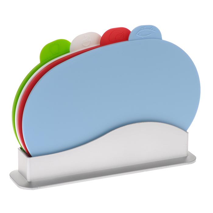 Набор разделочных досок Bradex Карнавал, 5 предметов. TK 0060115510Набор разделочных досок Bradex Карнавал состоит из четырех овальных разноцветных досок, помещенных в подставку. Это делает набор не только многофункциональным, но и очень удобным для хранения на кухне. Доски из комплекта Карнавал выполнены из безвредного и прочного пластика и могут использоваться длянарезки сырого мяса и рыбы, овощей, фруктов, варенных и копченых продуктов, хлеба и т.д. Небольшой ярлычок на каждой из досок отмечен рисунком продуктов, для которых предназначена доска: для рыбы, для мяса, для овощей и фруктов, для вареных продуктов. Такой ярлычок будет удобной ручкой, за которую можно придерживать доску в процессе мытья. Набор разделочных досок Bradex Карнавал станет незаменимым и полезным аксессуаром на вашей кухне, который к тому же и стильно дополнит интерьер. Можно мыть в посудомоечной машине. Характеристики: Материал: пластик. Цвет: голубой, красный, белый, зеленый. Размер доски: 30 см х 20 см х 0,6 см. Размер подставки (ДхШхВ): 30 см х 8 см х 7,5 см. Размер упаковки: 30,5 см х 23 см х 7 см. Артикул: TK 0060.