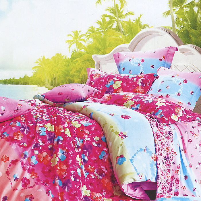 Постельное белье Виконт (1,5-х спальный КПБ, макосатин люкс, наволочки 70х70), цвет: розовый, голубойCA-3505Комплект постельного белья Виконт, изготовленный из сатина класса люкс, поможет вам расслабиться и подарит спокойный сон. Постельное белье имеет изысканный внешний вид и обладает яркостью и сочностью цвета. Комплект состоит из пододеяльника на молнии, простыни с широкой подгибкой и двух наволочек.Благодаря такому комплекту постельного белья вы сможете создать атмосферу уюта и комфорта в вашей спальне.Сатин производится из высших сортов хлопка, а своим блеском, легкостью и на ощупь напоминает шелк. Такая ткань рассчитана на 200 стирок и более. Постельное белье из сатина превращает жаркие летние ночи в прохладные и освежающие, а холодные зимние - в теплые и согревающие. Благодаря натуральному хлопку, комплект постельного белья из сатина приобретает способность пропускать воздух, давая возможность телу дышать. Одно из преимуществ материала в том, что он практически не мнется и ваша спальня всегда будет аккуратной и нарядной. Характеристики: Изготовитель (КПБ): Россия. Материал (КПБ): сатин люкс (100% хлопок). В комплект входят: Пододеяльник - 1 шт. Размер: 150 см х 210 см. Простыня - 1 шт. Размер: 160 см х 240 см. Наволочка - 2 шт. Размер: 70 см х 70 см. Высокие свойства белья торговой марки Коллекция основаны на умелом использовании вековых традиций и современных технологий производства и обработки тканей. Качество исходных материалов, внимание к деталям отделки, отличный пошив, воплощение новейших тенденций мировой моды позволяют постельному белью гармонично влиться в современное жизненное пространство и подарить ощущения удовольствия и комфорта.