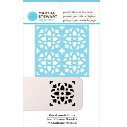 Фигурный дырокол для всей страницы Цветочный медальон используется для создания оригинальных открыток, оформления подарков, в бумажном творчестве. Прекрасный подарок для ребенка. Порядок работы: вставьте лист в дырокол и надавите рычаг, сдвиньте дырокол в нужный участок страницы и надавите на рычаг снова. Характеристики: Материал: пластик, металл. Общий размер дырокола: 12 см х 6 см х 8 см. Размер вырубаемой части: 4 см х 4 см. Плотность бумаги: 120-160 г/м2 (не более 2 листов одновременно).Рекомендуемый возраст: от 3 лет.