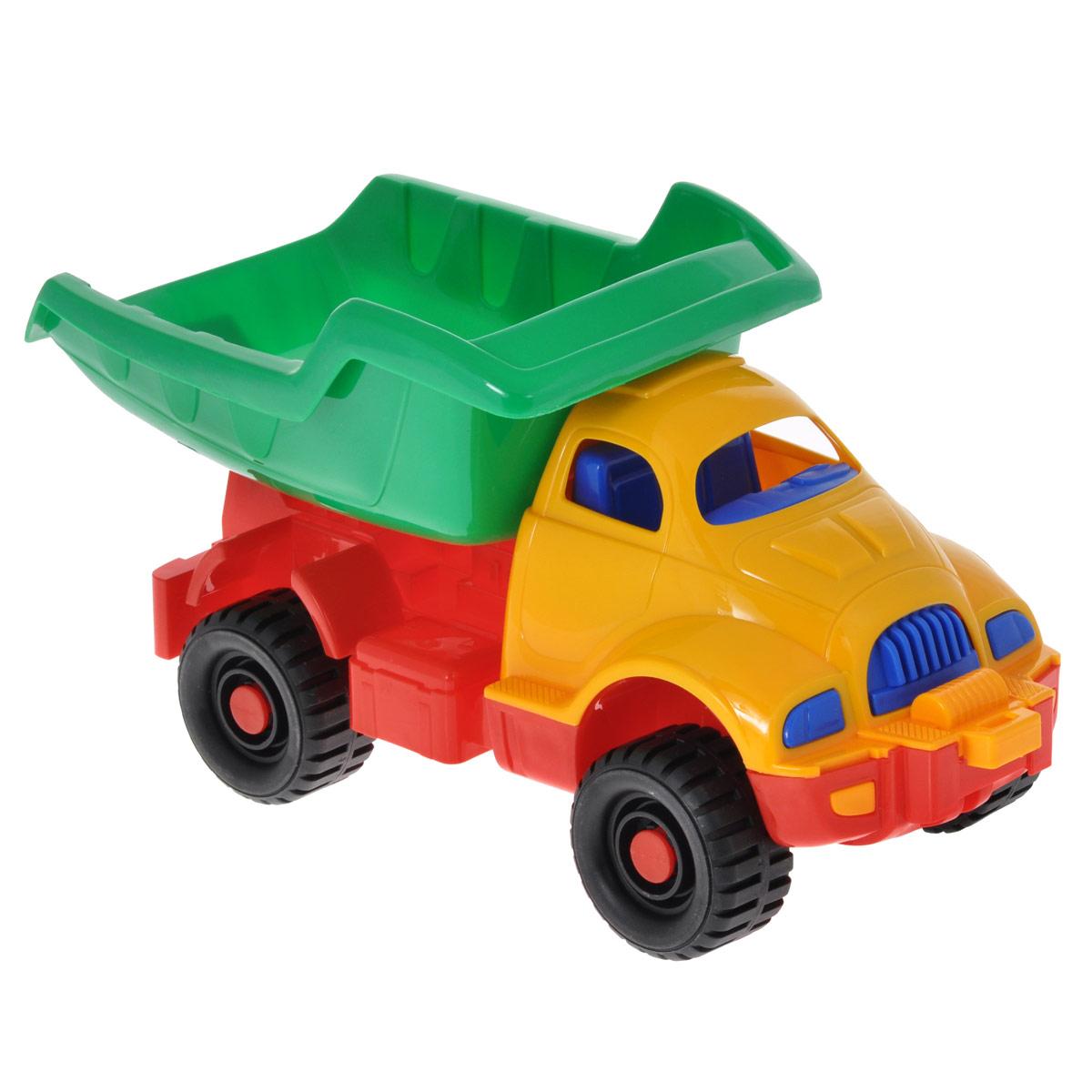 """Яркий грузовик """"Космический"""", изготовленный из прочного безопасного материала желтого, зеленого и красного цветов, отлично подойдет ребенку для различных игр. Грузовик - прекрасный помощник на строительной площадке. С его помощью можно перевозить камни, песок, ветки и другие грузы. Его кузов поднимается и опускается, а в кабину можно посадить маленькую игрушку. Большие колеса с крупным протектором обеспечивают грузовику устойчивость и хорошую проходимость. Ваш юный строитель сможет прекрасно провести время дома или на улице, воспроизводя свою стройку."""