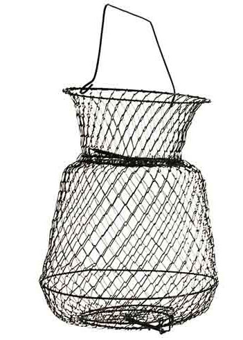 Садок металлический Salmo, 55 см х 37 см х 37 см111726.937Металлические садки считаются наиболее прочными, долговечными и легко моются от рыбьей слизи. Садки имеют разную вместимость. Приемное отверстие оборудовано защитной крышкой, автоматически закрывающейся пружиной. Низ садка имеет выпускное отверстие для удобной выемки рыбы с крышкой открывающейся во внутрь. Садок имеет верхнюю защитную крышку, изготовленную в виде поплавка, поэтому этот садок всегда остается на плаву.