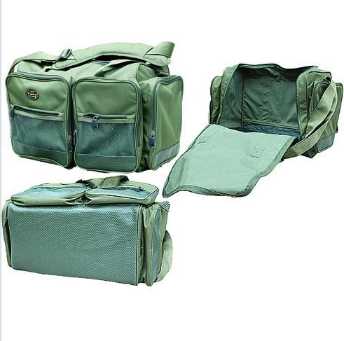 Сумка универсальная Salmo 40, цвет: зеленый67742Сумка универсальная для перевозки рыболовной одежды. Вместительное внутреннее отделение. Четыре больших наружных кармана с замками-молниями. Прочное дно. Регулируемый по длине наплечный ремень со вставкой