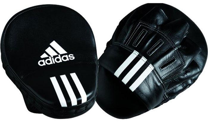 Лапы Adidas Focus Mitt Leather, цвет: черный, 10Кимоно УТ-000029Боксерские лапы Adidas Focus Mitt Leather предназначены для занятий боксом и единоборствами.Лапы выполнены из натуральной кожи. Изгиб лапы позволяет увеличить защиту рук и комфорт.