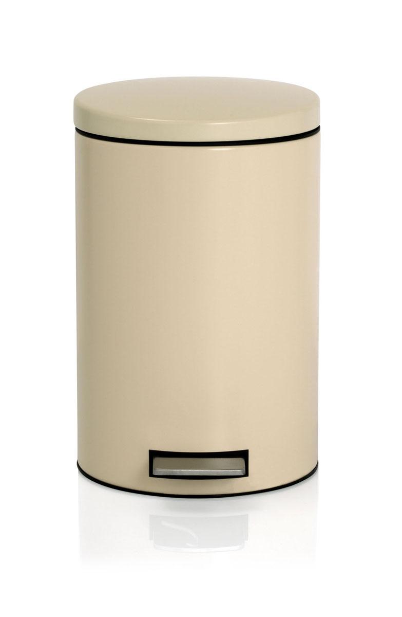 Ведро для мусора Brabantia, с педалью, цвет: миндальный, 12 л531-105Ведро для мусора Brabantia, выполненное из гальванизированной стали белого цвета, обеспечит долгий срок службы и легкую чистку. Ведро поможет вам держать мусор в порядке и предотвратит распространение неприятного запаха. Нескользящая пластиковая основа ведра предотвращает повреждение пола. Внутренняя часть ведра - это корзина, выполненная из пластика и оснащенная ручкой для переноса. В комплекте с ведром идет упаковка с подходящими по размеру мусорными мешками фирмы Brabantia, которые оснащены затяжными шнурками.