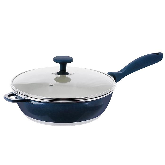 Сковорода Rainstahl с крышкой, с керамическим покрытием, цвет: синий. Диаметр 24 см. 7964RSFS-91909Сковорода Rainstahl изготовлена из литого алюминия с антипригарным керамическим покрытием цвета шампанского. Внешнее покрытие - жаростойкий лак синего цвета с блестками, который сохраняет цвет долгое время. Благодаря керамическому покрытию пища не пригорает и не прилипает к поверхности сковороды, что позволяет готовить с минимальным количеством масла. Кроме того, такое покрытие абсолютно безопасно для здоровья человека и окружающей среды. Пища в такой сковороде нагревается быстро и дольше держит тепло. Сковорода быстро разогревается, распределяя тепло по всей поверхности, что позволяет готовить в энергосберегающем режиме. Сковорода оснащена ручкой, выполненной из пластика с прорезиненным покрытием. Такая ручка не нагревается в процессе готовки и обеспечивает надежный хват. Крышка изготовлена из жаропрочного стекла, оснащена ручкой, отверстием для выпуска пара и металлическим ободом. Благодаря такой крышке можно следить за приготовлением пищи без потери тепла. Можно готовить на газовых, электрических, стеклокерамических, галогенных, индукционных плитах. Подходит для чистки в посудомоечной машине. Характеристики:Материал: алюминий, пластик, стекло. Цвет: синий, шампанское. Диаметр: 24 см. Высота стенки: 7,5 см. Толщина стенки: 4 мм. Толщина дна: 5 мм. Длина ручки: 19 см. Диаметр дна: 19 см.