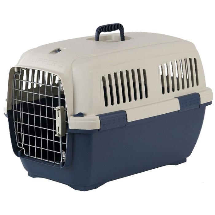 Переноска для животных Marchioro Cayman 2, цвет: бежевый, синий, 57 см х 37 см х 36 см0120710Переноска с боковой дверцей Marchioro Cayman 2, выполненная из прочного пластика, прекрасно подойдет для транспортировки собак и кошек. Дно переноски усилено. Переноска оснащена крышкой с отверстиями для вентиляции. Прочная металлическая дверь запирается на нержавеющий замок типа клиппер. Для удобной переноски имеется ручка на крышке. Переноска быстро и легко собирается. Предназначена для животных весом 4-15 кг. Переноска соответствует стандартам Международной ассоциации воздушного транспорта (IATA), что позволяет использовать ее для перевозки животного в самолете. Предусмотрена дополнительная комплектация: колеса для перевозки, ремень, поилка, решетка на дно (продаются отдельно).