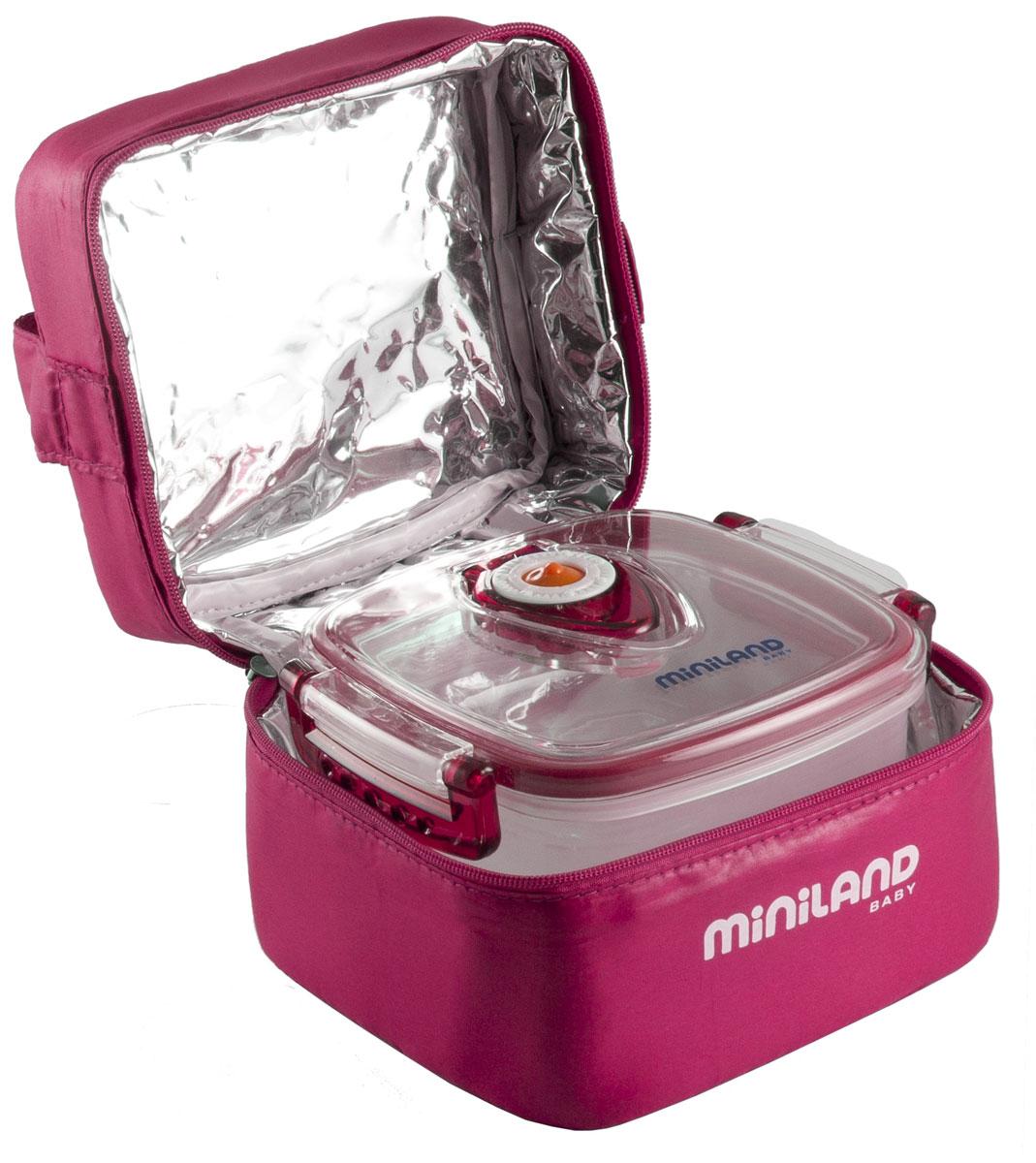 """Термосумка Miniland """"Pack-2-Go Hermifresh"""" позволит покормить ребенка вне дома, что очень удобно во время поездок и путешествий. Она сохранит напитки или еду для ребенка определенной температуры. Благодаря внутреннему фольгированному слою сумка способна поддерживать как высокую, так и низкую температуру длительное время. В комплект с сумкой входят два герметичных пластиковых контейнера, которые отлично подойдут для хранения детского питания, пюре и каш. Они снабжены системой вытяжки воздуха с помощью воздушного клапана, а также устройством для проставления даты. Не содержат Бисфенол А."""