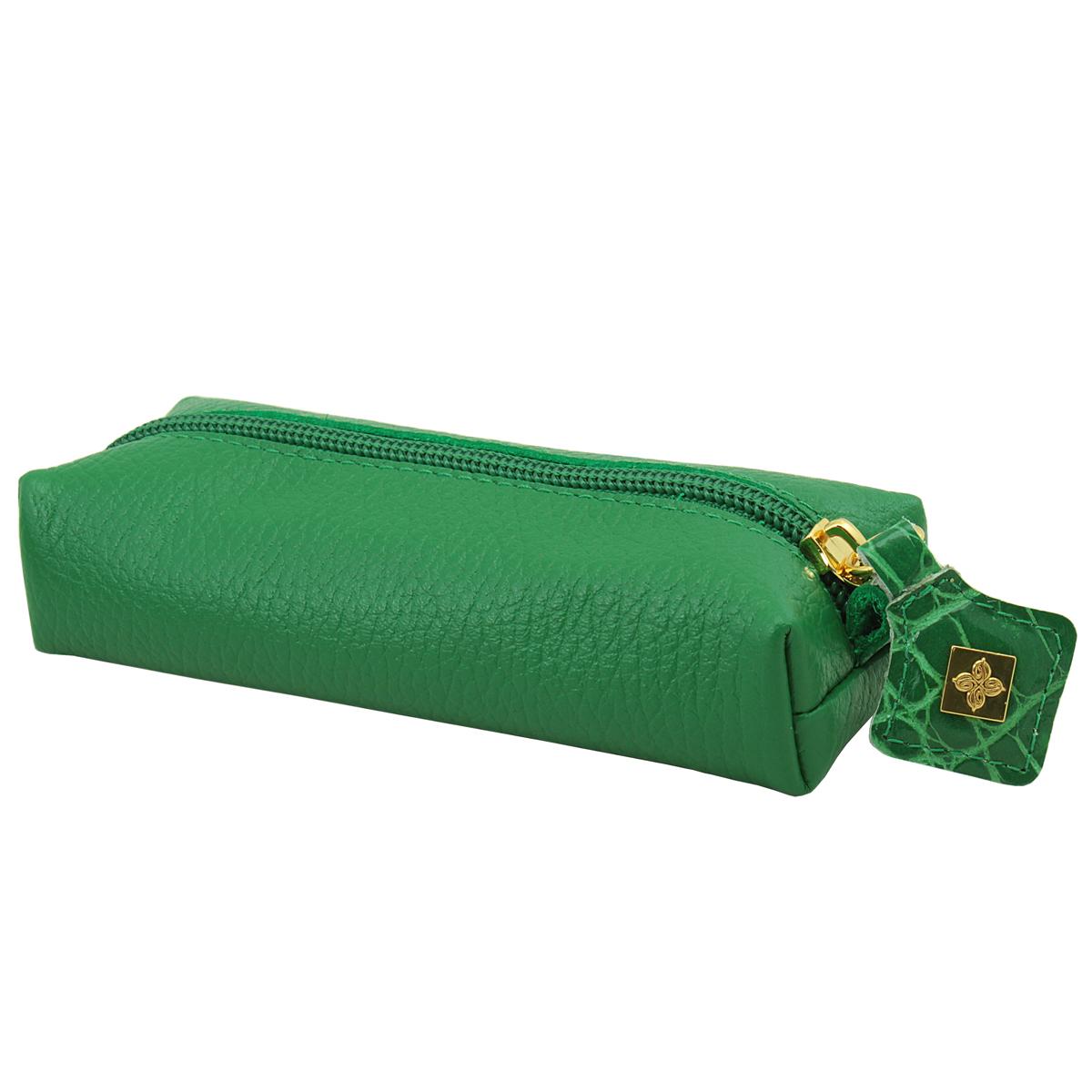 Ключница Dimanche Казино, цвет: зеленый. 989Колье (короткие одноярусные бусы)Компактная ключница Казино - стильная вещь для хранения ключей. Ключница выполнена из натуральной кожи. Состоит из одного отделения, закрывающегося на застежку-молнию. Внутри ключницы на кожаной петле крепится металлическое кольцо для ключей. Характеристики: Цвет: зеленый. Материал: натуральная кожа, металл. Размер: 14,5 см x 5,5 см x 3,5 см. Изготовитель: Россия. Артикул: 989