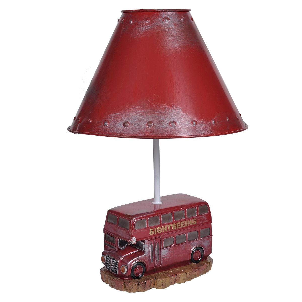 Светильник настольный Красный автобус. 29339SL252 403 08Настольный светильник, изготовленный из полирезины, выполнен в виде двухэтажного красного автобуса и оформлен металлическим абажуром красного цвета. Такой светильник прекрасно подойдет для украшения интерьера и создания атмосферы тепла и уюта. Внутри светильника расположена лампа накаливания. Светильник работает от электросети и включается при помощи кнопки на шнуре. Характеристики: Материал: полистоун, металл, пластик. Высота светильника: 39 см. Диаметр абажура: 26 см. Размер основания светильника: 17 см х 11 см. Мощность лампы: 40 Вт. Цоколь: Е27. Напряжение: 220 В, частота 50 Гц. Длина шнура: 150 см.