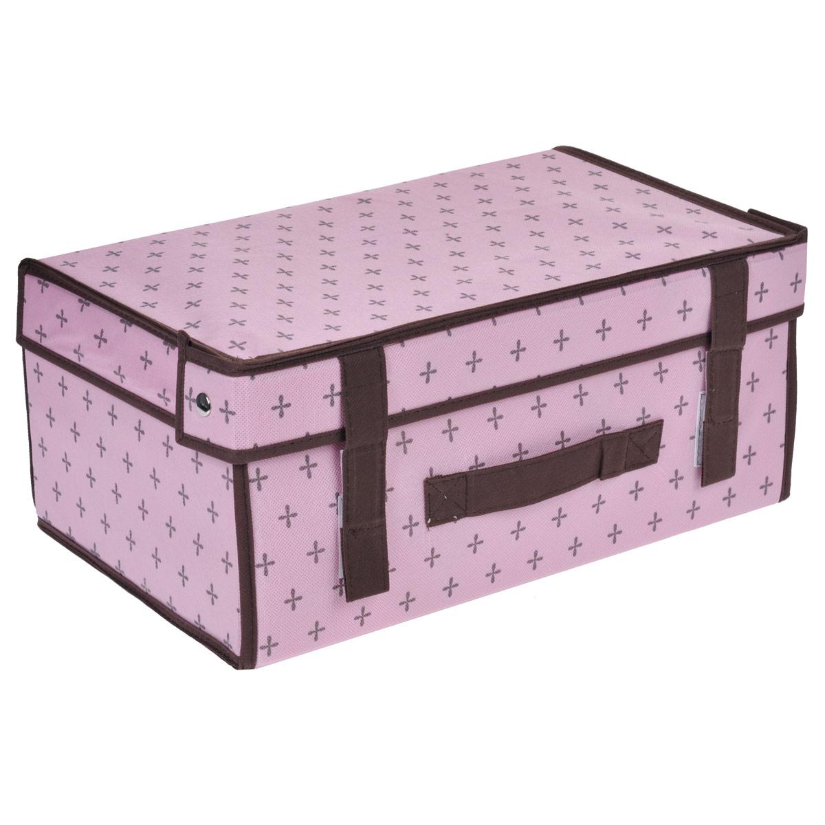 Кофр для хранения FS-6170M, цвет: розовый, 38 х 24 х 16 смFS-6170MКофр для хранения FS-6170M изготовлен из высококачественного нетканого материала, который позволяет сохранять естественную вентиляцию, а воздуху свободно проникать внутрь, не пропуская пыль. Благодаря специальным вставкам, кофр прекрасно держит форму, а эстетичный дизайн гармонично смотрится в любом интерьере. Стенки и крышка кофра крепятся друг к другу при помощи застежек-липучек.Мобильность конструкции обеспечивает складывание и раскладывание одним движением.Такой кофр сэкономит место и сохранит порядок в доме. Характеристики:Материал: нетканый материал. Цвет: розовый. Размер кофра (Ш х Д х В): 38 см х 24 см х 16 см.