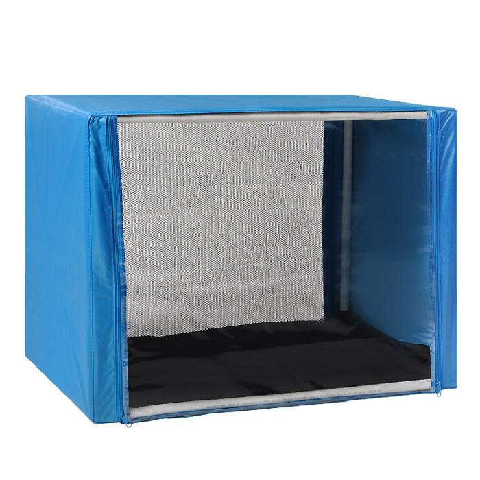 Клетка для кошек Заря-Плюс, выставочная, разборная, цвет: голубой, 76 см х 56 см х 56 см. КВР10120710Выставочная клетка-палатка Заря-Плюс - отличный выбор для участия на любой российской или международной кошачьей выставке.Данная модель выставочной клетки обладает многочисленными преимуществами: - клетка выполнена из высококачественного материала - ПВХ; - клетка разборная, в комплект входит сборный каркас из пластиковых труб вместе с соединительными уголками; - боковые стороны клетки закрытые; - лицевая сторона клетки выполнена из пленки, которая пристегивается с помощью молнии; - обратная сторона клетки выполнена из сетки, которая также пристегивается с помощью молнии; - в сложенном виде клетка довольно компактна, при хранении занимает мало места; - клетка переносится в чехле, который входит в комплект; - для удобной переноски чехол имеет короткую и длинную ручки, также на чехле имеется 2 больших кармана на молнии; - в комплект входит матрац со съемным чехлом на молнии, при необходимости он легко снимается для стирки.