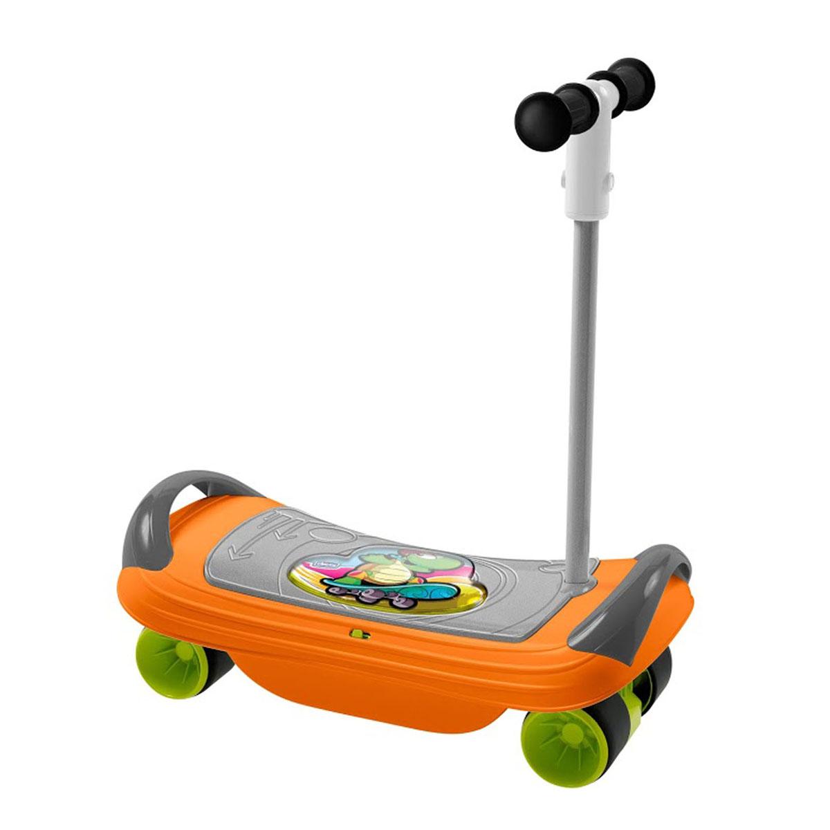 """Игрушка-каталка Chicco """"Скейт"""" - это прекрасный тренажер для физического развития ребенка. Она представляет собой широкую доску с поручнями, к которой снизу крепится рама с колесами. Игрушка выполнена из прочного безопасного пластика и может использоваться в качестве доски для баланса, скейта или самоката. В качестве доски для баланса (баланс борда) игрушка предназначена для ребенка в возрасте от 18 месяцев. Он сможет на ней сидеть, удерживаясь за боковые поручни и стараясь удержать равновесие, развивая координацию. Начиная с трехлетнего возраста малыш сможет использовать баланс борд в положении стоя. В конфигурации баланс борда игрушка предусматривает два электронных режима игры: Режим 1: Ребенок качается на доске из стороны в сторону и слушает веселые мелодии; Режим 2: В то время, когда ребенок удерживает равновесие, играет музыка. Если малыш теряет равновесие, музыка прерывается. Для того, чтобы конфигурировать игрушку в самокат, необходимо..."""