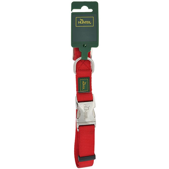 Ошейник для собак Hunter Smart ALU-Strong L, цвет: красный92501Ошейник для собак Hunter Smart ALU-Strong предназначен для собак крупных пород. Ошейник изготовлен из нейлона, оснащен надежной металлической застежкой и металлическим кольцом для поводка. Бегунок позволяет регулировать и фиксировать длину ошейника. Фурнитура выполнена из хромированного металла. Обхват шеи: 45 см - 65 см.Ширина ошейника: 2,5 см.
