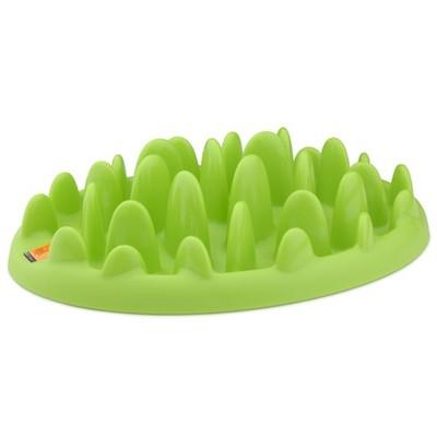 Миска интерактивная Northmate Green Mini для маленьких собак и щенков, цвет: светло-зеленый0120710Интерактивная миска Northmate Green Mini для маленьких собак и щенков, изготовленная из полипропилена, напоминает кусочек травы. Необходимое количество корма разбрасывается по миске. Таким образом, этот кусочек травыпревращает кормление вашего питомца в сложную игру - собака вынуждена добывать еду, подталкивая кусочки корма между травинками миски.Этот процесс значительно продлевает время приема пищи и снижает риск быстрого заглатывания корма и вздутия желудка у питомца. В результате более здорового процесса пищеварения собака тоже становится более здоровой и счастливой. Большинство собак в состоянии съесть гораздо больше и быстрее, чем необходимо для их здоровья. Такое поведение обусловлено их инстинктами, и мы контролируем его дозированием каждой порцией еды. Однако, для того чтобы питомец был здоров, не менее важно контролировать и скорость потребления еды. Это делается путем затруднения доступа к ней. Миска вмещает примерно 200 мл. воды. Ее можно применять как для сухих, так и для влажных кормов.Можно мыть в посудомоечной машине.