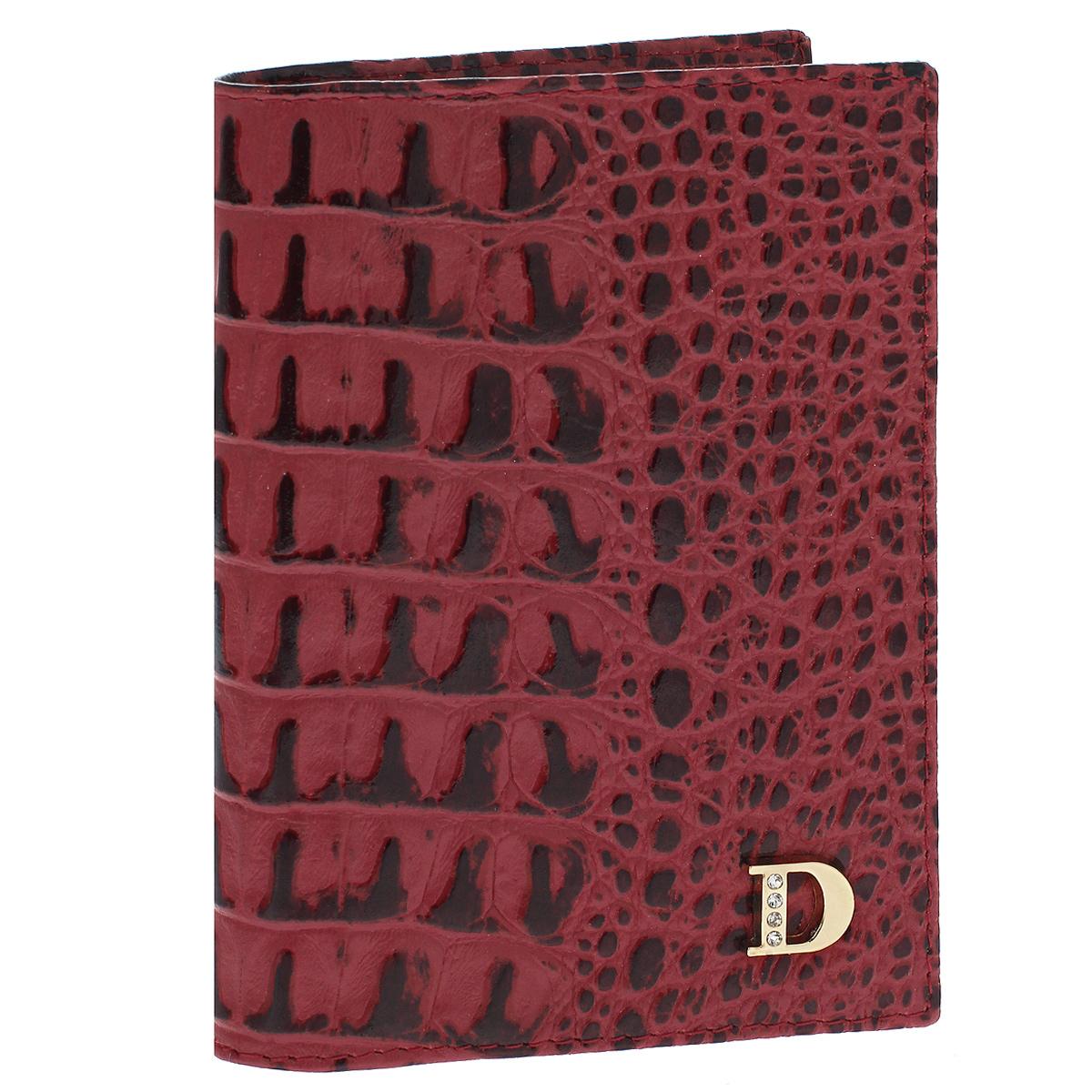 Бумажник водителя Dimanche Loricata Rouge, цвет: красный. 551551Бумажник водителя Dimanche Loricata Rouge изготовлен из натуральной кожи красного цвета с декоративным тиснением под рептилию.Внутри содержится съемный блок из 5 прозрачных пластиковых файлов для автодокументов, 4 прорезных кармашка для пластиковых карт, карман для сим-карты и 2 потайных кармашка для мелких бумаг. Стильный бумажник не только защитит ваши документы, но и станет стильным аксессуаром, подчеркивающим ваш образ. Изделие упаковано в фирменную коробку коричневого цвета с логотипом фирмы Dimanche. Характеристики:Материал: натуральная кожа, текстиль, пластик. Цвет: красный. Размер бумажника (ДхШхВ): 9,5 см х 13,5 см х 1,5 см.