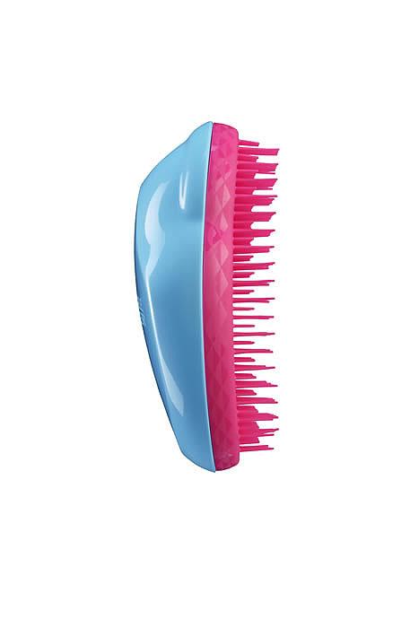 Tangle Teezer Расческа для волос The Original. Blueberry PopSatin Hair 7 BR730MNПрофессиональная распутывающая расческа для волос Tangle Teezer The Original идеально подходит для всех типов волос. Оригинальная форма зубчиков обеспечивает двойное действие и позволяет быстро и безболезненно расчесать влажные и сухие волосы. Благодаря эргономичному дизайну, расческу удобно держать в руках, не опасаясь выскальзывания.Товар сертифицирован.