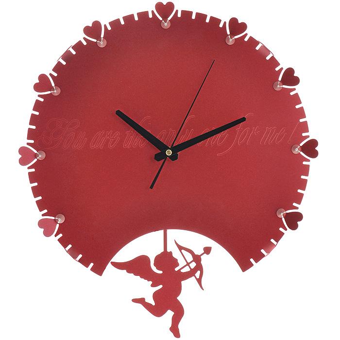 Часы настенные Купидон, с маятником, цвет: красный. 9518494672Изящные настенные часы Купидон эффектно украсят интерьер помещения. Дизайн, полный хрупкого изящества, в этих часах удачно сочетается с высокой прочностью материалов. Корпус, оформленный по краям изящной перфорацией, выполнен из коррозионностойкой стали с порошковым напылением красного цвета. Центральная часть украшена гравировкой в виде надписи: You are the only one for me!. Несмотря на устойчивый к механическим воздействиям корпус, часы выглядят ажурными, словно вырезанными из бумаги. Часы имеют три стрелки: часовую, минутную и секундную. Постоянное движение маятника с фигуркой Купидона придает иллюзию постоянного трепета. Механизм часов - кварцевый. С задней стороны корпуса имеется отверстие для подвешивания на стену. Красивые и качественные настенные часы украсят современный интерьер и порадуют надежной работой. Характеристики:Материал: коррозионностойкая сталь, пластик. Размер корпуса (ДхВ): 38 см х 34 см. Толщина корпуса: 2 мм. Цвет: красный. Размер фигурки Купидона: 13 см х 14,5 см. Необходимо докупить 2 батарейки типа АА (в комплект не входят).