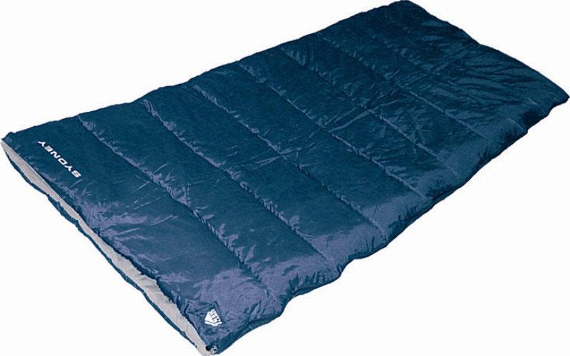 Спальный мешок TREK PLANET Sydney, цвет: синий, правосторонняя молния70354Комфортный и очень удобный в использовании спальник-одеяло TREK PLANET Sydneyпредназначен для походов преимущественно в летний период. Этот спальник пригодится вам во время поездки на пикник, на дачу, во время туристического похода или поездки на рыбалку. К его несомненным достоинствам можно отнести то, что в остальное время его можно использовать как одеяло для гостей.ОСОБЕННОСТИ СПАЛЬНИКА:- Двухсторонняя молния.- Термоклапан вдоль молнии.- Внутренний карман.- Небольшой вес.- Состегивание двух спальников модели невозможно. К спальнику прилагается чехол для удобного хранения и переноски. Характеристики: Цвет: синий.Температура комфорта: +10°C.Температура лимит комфорта: +6°C.Температура экстрима: -5°C.Внешний материал: 100% полиэстер.Внутренний материал: 100% полиэстер.Утеплитель: Hollow Fiber 1x300 г/м2.Размер: 200 см х 80 см.Размер в чехле: 25 см х 25 см х 38 см.Вес: 1,5 кг.Производитель: Китай.Артикул: 70354.