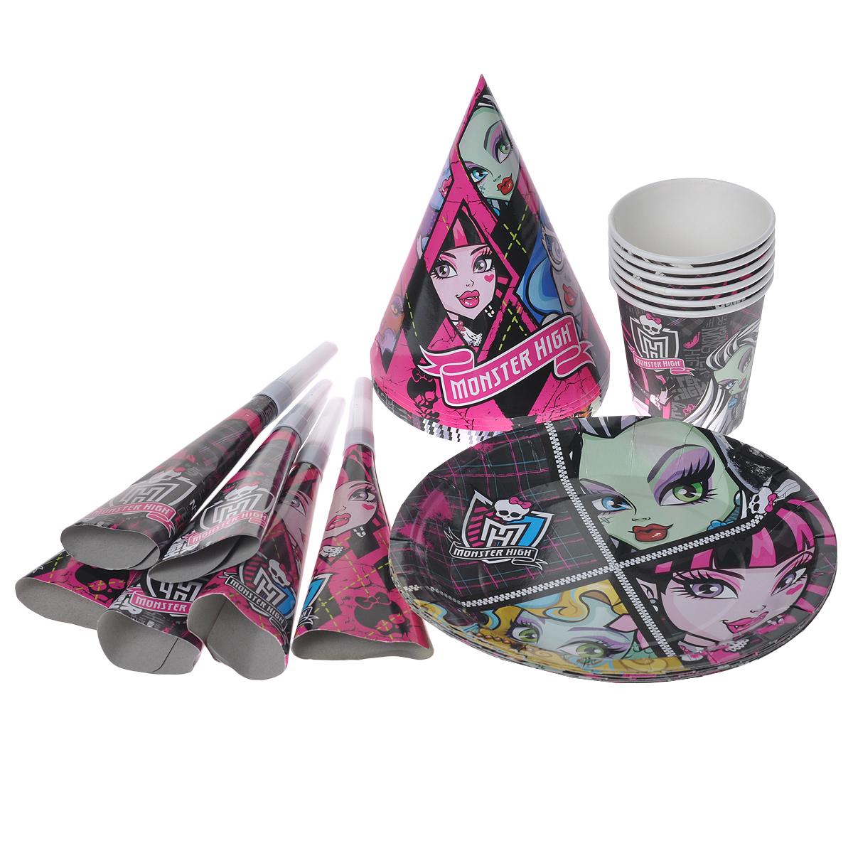 """Превратить праздник в яркое событие легко с набором для праздника """"Monster High"""". Набор, рассчитанный на шесть персон, включает в себя 24 предмета: шесть тарелок, шесть стаканов, шесть бумажных колпачков, шесть дудочек. Элементы набора оформлены красочными изображениями героев популярного мультсериала """"Школа Монстров"""" (""""Monster High""""). Порадуйте своего ребенка, подарив ему яркий праздник! Любое детское торжество - это долгожданное событие для каждого ребенка. Это веселье, танцы, задорный смех детей и много-много счастья. Ну, а для родителей это еще и горы грязной, а то и разбитой посуды. Не омрачить праздник, а только прибавить хорошего настроения поможет красочная бумажная посуда с изображением любимых героев. Одноразовые тарелки и стаканы прочно вошли в современную жизнь, и теперь многие люди просто не представляют детский праздник или пикник без таких нужных вещей: они почти невесомы, не могут разбиться и не нуждаются в мытье. Сделанная из бумаги, такая посуда..."""