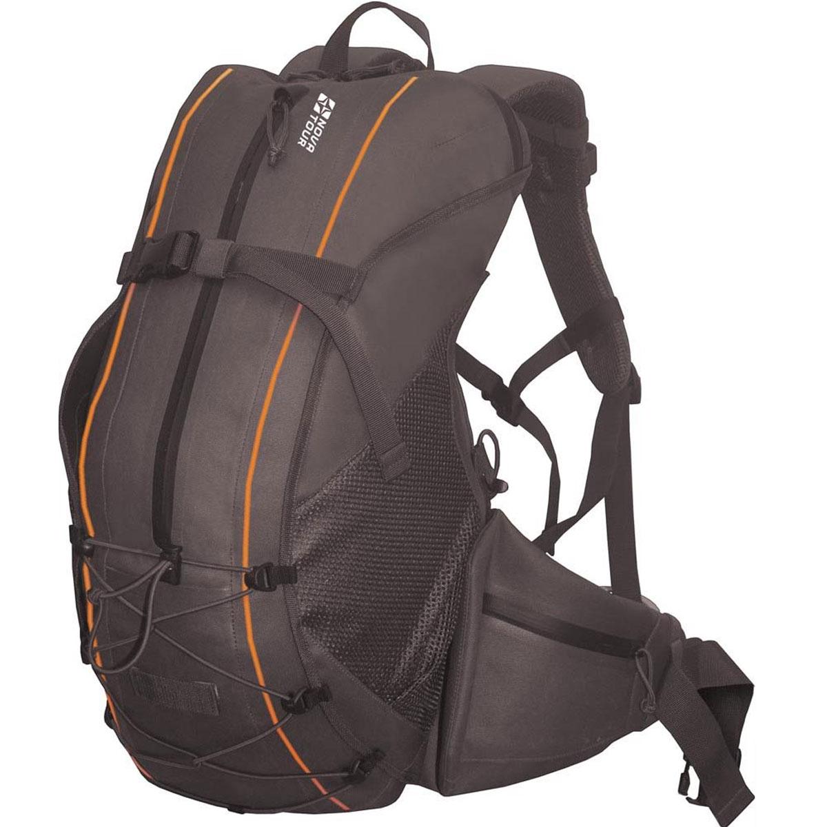 Рюкзак водонепроницаемый Nova Tour Саламандра 45, цвет: черный. 95142-902-0070566Легкий водонепроницаемый рюкзак с полноценной подвесной системой для удобства переноски тяжелого груза. Для 100% гарантии герметичности молнии карманов и входа в основное отделение сделаны водонепроницаемыми. Если что-либо не поместилось в рюкзак, не беда, на фронтальной части, помимо кармана, находятся дополнительные узлы крепления в виде эластичного шнура и стропы с фастексом, а по бокам расположены объемные сетчатые карманы.Объем: 45 литров.