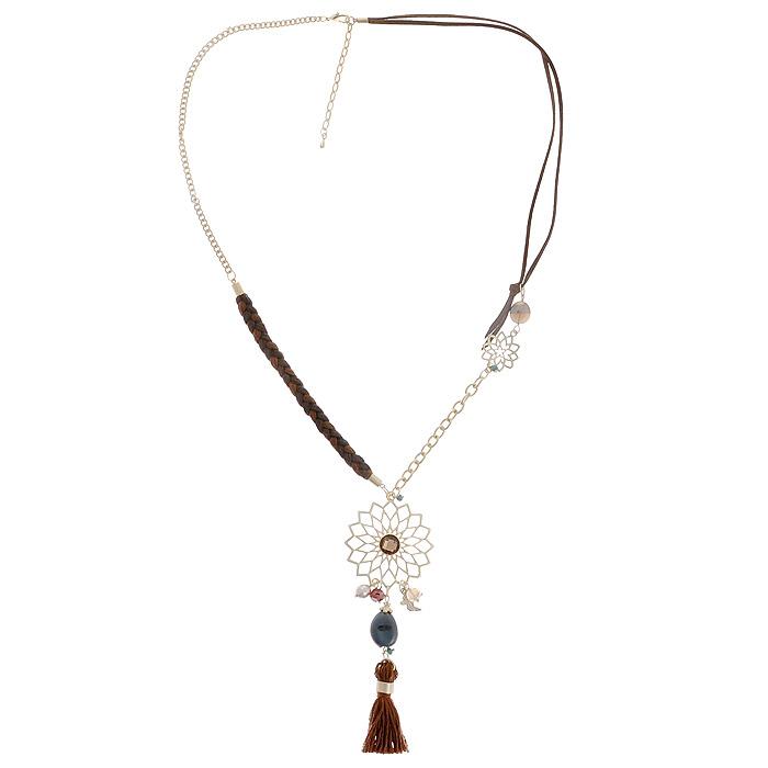 Колье Fashion Jewelry, цвет: золотистый, коричневый. AH71296Колье (короткие одноярусные бусы)Оригинальное колье Fashion Jewelry представляет собой цепочку из металла и текстильных шнурков и кулон в виде медальона с подвеской. Кулон выполнен из металла и украшен декоративными элементами из пластика, металла, страз и текстиля. Колье имеет надежную застежку-карабин с регулирующей длину цепочкой. Колье Fashion Jewelry не только привлечет внимание окружающих, но и дополнит ваш образ и поможет создать свой неповторимый стиль.
