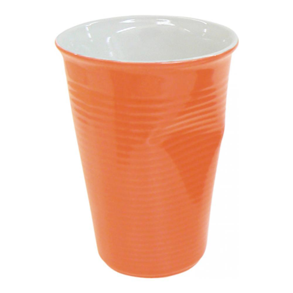Стакан Ceraflame Мятый стаканчик, цвет: оранжевый, 240 млVT-1520(SR)Стакан Ceraflame изготовлен из качественной керамики в форме мятого стакана. Керамика Ceraflame является экологически чистым продуктом. Кроме того, за счет своей прочности, на ее поверхности не будут появляться трещинки, которые зачастую приводят к развитию вредных бактерий. Этот стаканчик полностью безопасен не только для окружающей среды, но и для своего владельца, (выдерживает температуру до 350°С). Стаканчик подойдет для первоапрельской шутки или дружеского розыгрыша. Его всегда по достоинству оценят люди с хорошим чувством юмора, умеющие веселиться и вспоминать смешные моменты из своей жизни. Не использовать на открытом огне и не подвергать резким перепадам температур. Пригоден для использования в микроволновой печи. Можно мыть в посудомоечной машине.