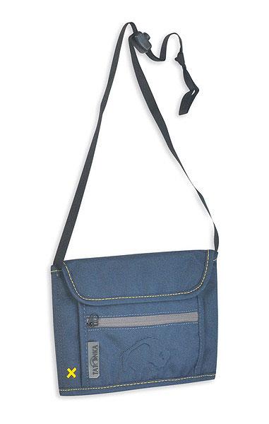 Кошелек Tatonka Travel Wallet, цвет: синий. 2915.0042915.004Практичный кошелек для путешествий.Кошелек на липучке с множеством отделений и ремешком, чтобы носить на шее. Особенности:Ремешок.Отделение на молнии.Отделение для мелочи.Прозрачное отделение.Петля для крепления на пояс.Материал: 450 HD Polyoxford.